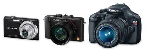 En comparación con las cámaras réflex, las cámaras compactas son pequeñas y manejables