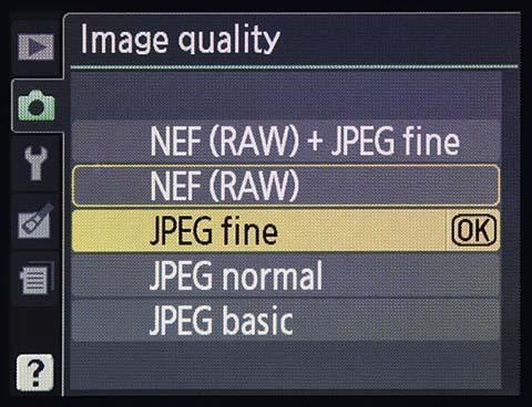 Selección de formato JPEG o RAW en una cámara Nikon