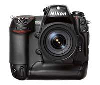 Nikon D2H-peq