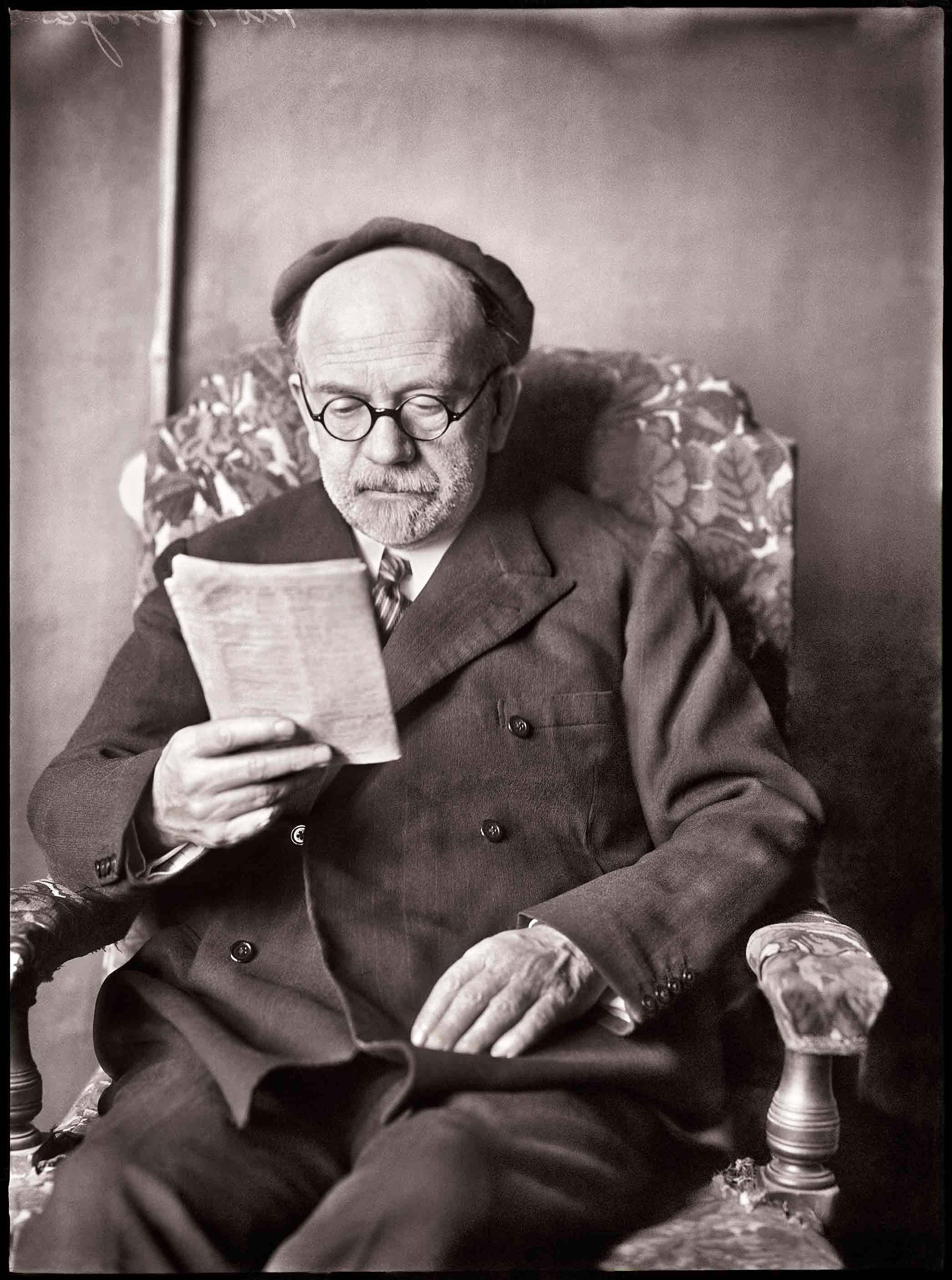 MORENO, Retrato de Pío Baroja. c. 1930. Instituto del Patrimonio Cultural de España, MECD