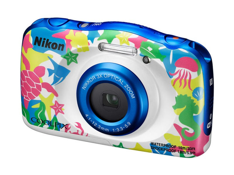 La Nikon Coolpix W100, anunciada en agosto de 2016, es la última cámara añadida a esta comparativa