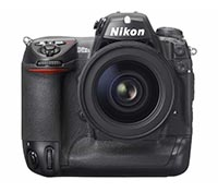 Nikon D2Xs-peq