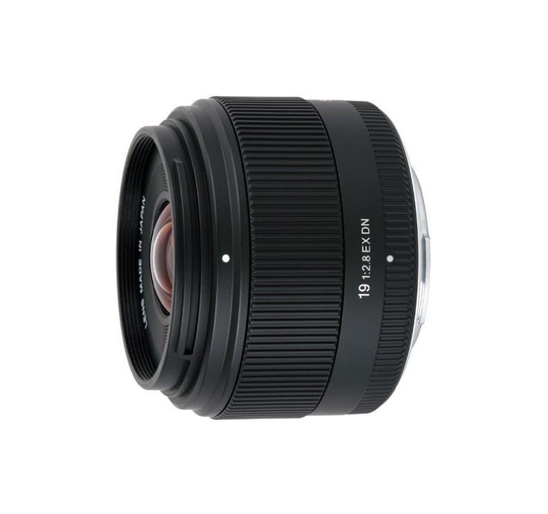 19mm F2.8 EX DN
